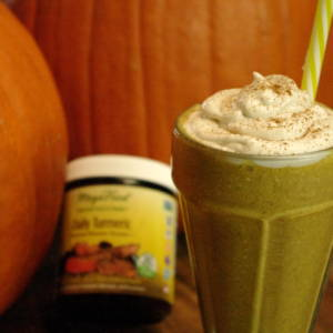 Pumpkin Pie Turmeric Breakfast Smoothie – Vegan + Gluten-Free